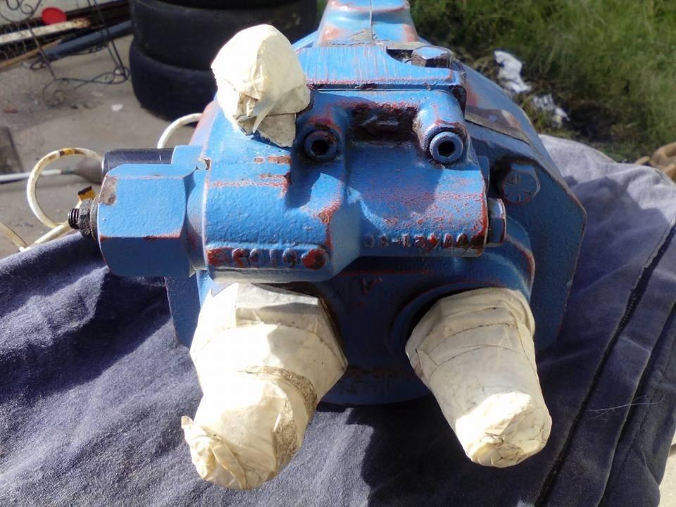 Bomba Hidraulica Eaton 70412-366c Para Excavadora Usada - Bs  550,00