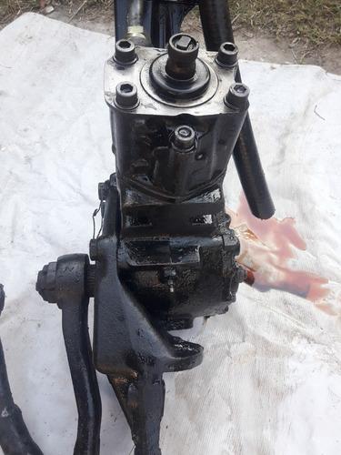bomba hidráulica mercedes benz
