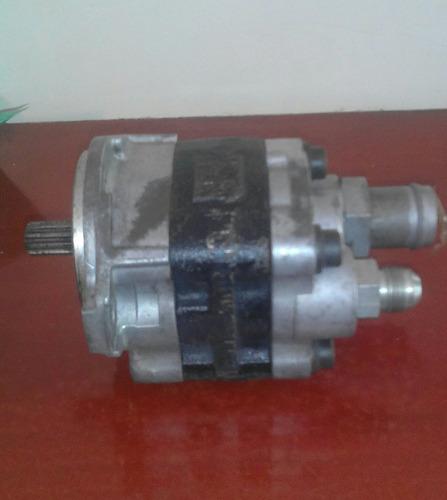 bomba hidraulica montacargas toyota serie 7 y 8