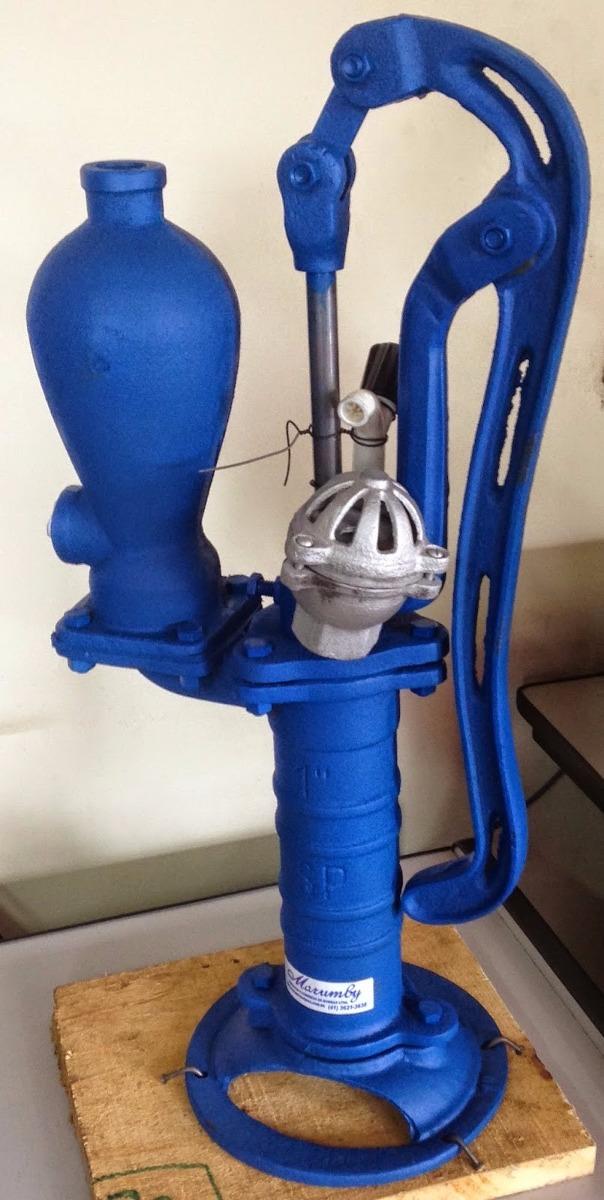 Bomba para agua manual carneiro puxa agua at 25 metros for Bomba de agua manual