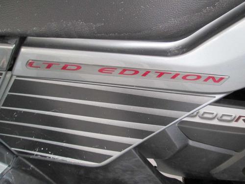 bombarbier can-am outlander 2010 negra 800cc
