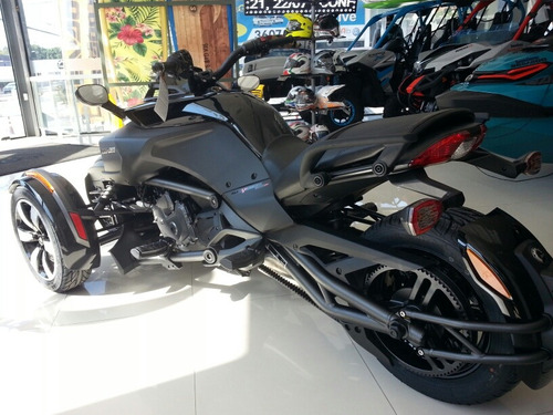bombardier can am spyder f3 s 2018.