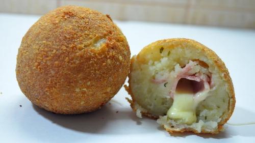 bombas de papa - carne y queso // jamón y queso