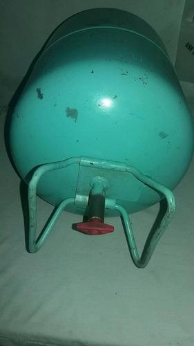 bombona  cilindro vacío  gas refrigerante  r134 a de 13.6