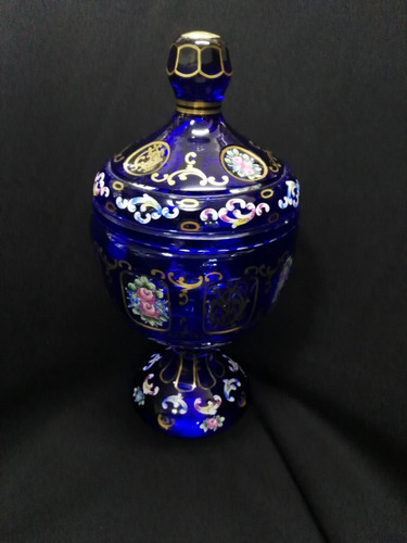 bombonera de cristal de bohemia con flores esmaltadas