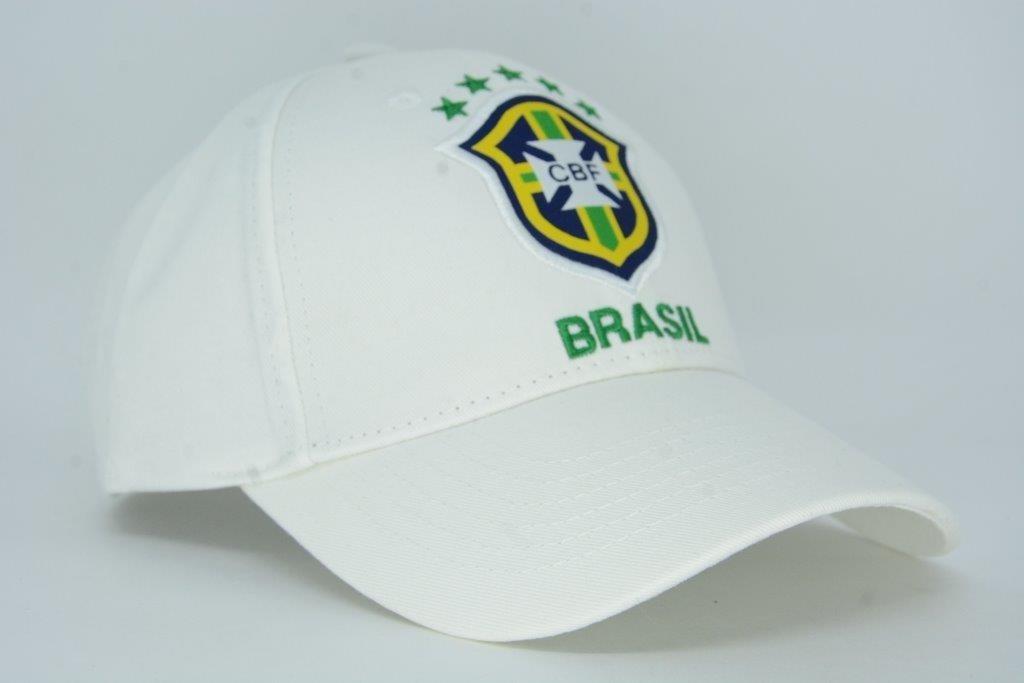 dae85ae42aca9 Boné Aba Curva Seleção Brasileira Oficial Cbf Branco - R  39