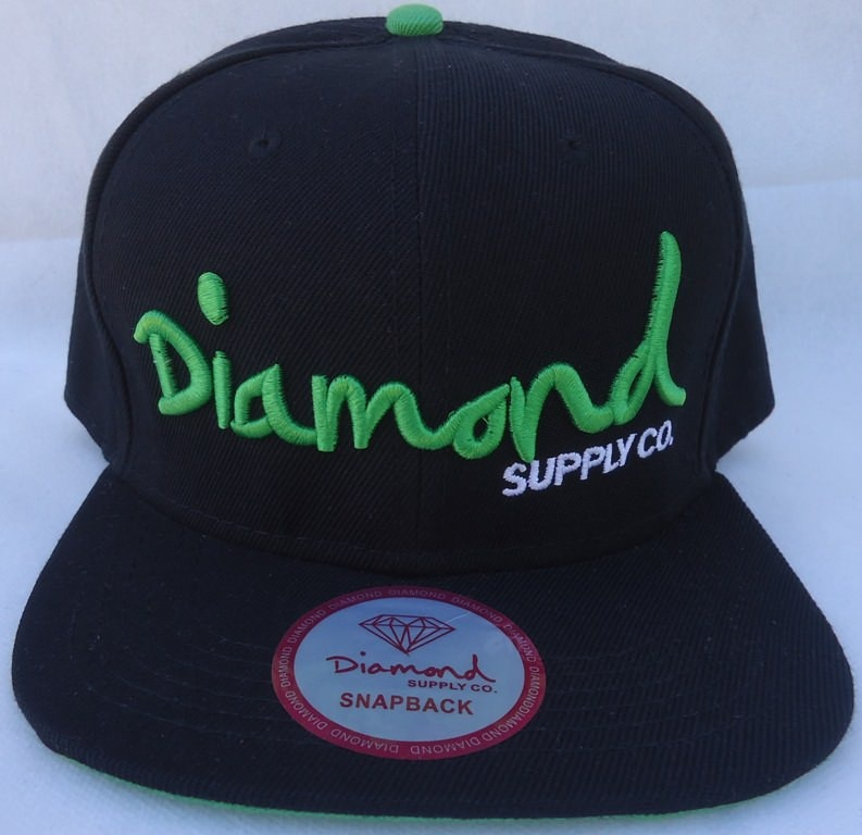 ba03eeb7980fe Boné Aba Reta Diamond Supply Co. Snapback Preto E Verde Br - R  39 ...