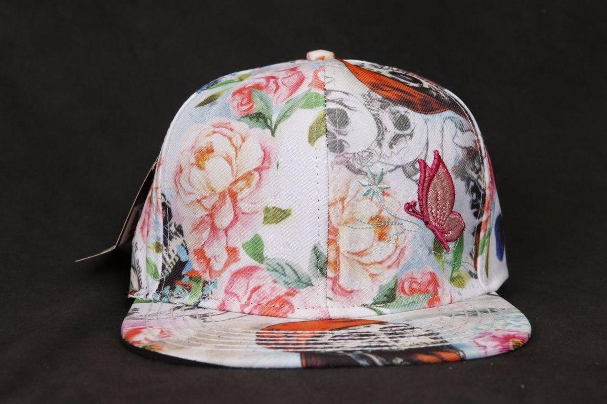 d61a2241d0707 boné aba reta personalizado flowers skull snapback feminino. Carregando zoom .