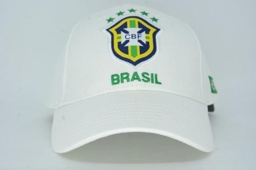 16dee6b0609e2 Boné Aba Torta Seleção Brasileira Oficial Cbf Branco - R  34