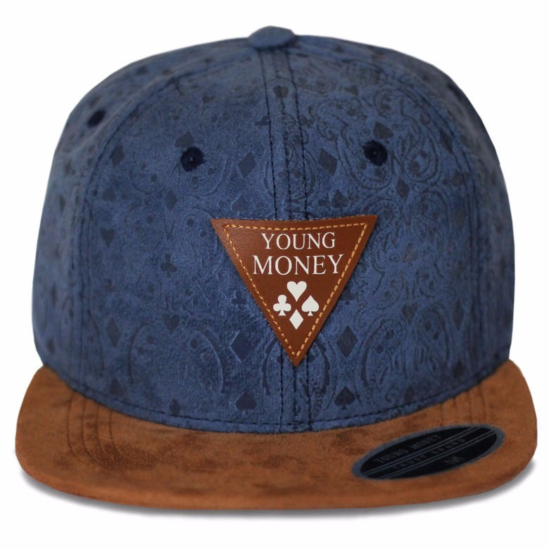 Boné Chapéu Masculino Young Money Aba Reta Veludo Original - R  49 ... f0c53cd6228