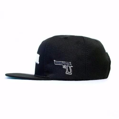 3e53bffef8051 Boné Chronic Compton Eazy E Gangstar Aba Reta Snapback Rap - R  79 ...