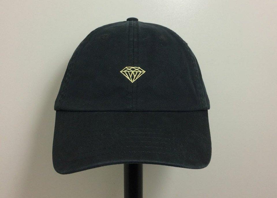 4257d3cd148f6 bone diamond micro brilliant strapback aba curva preto - un. Carregando zoom .