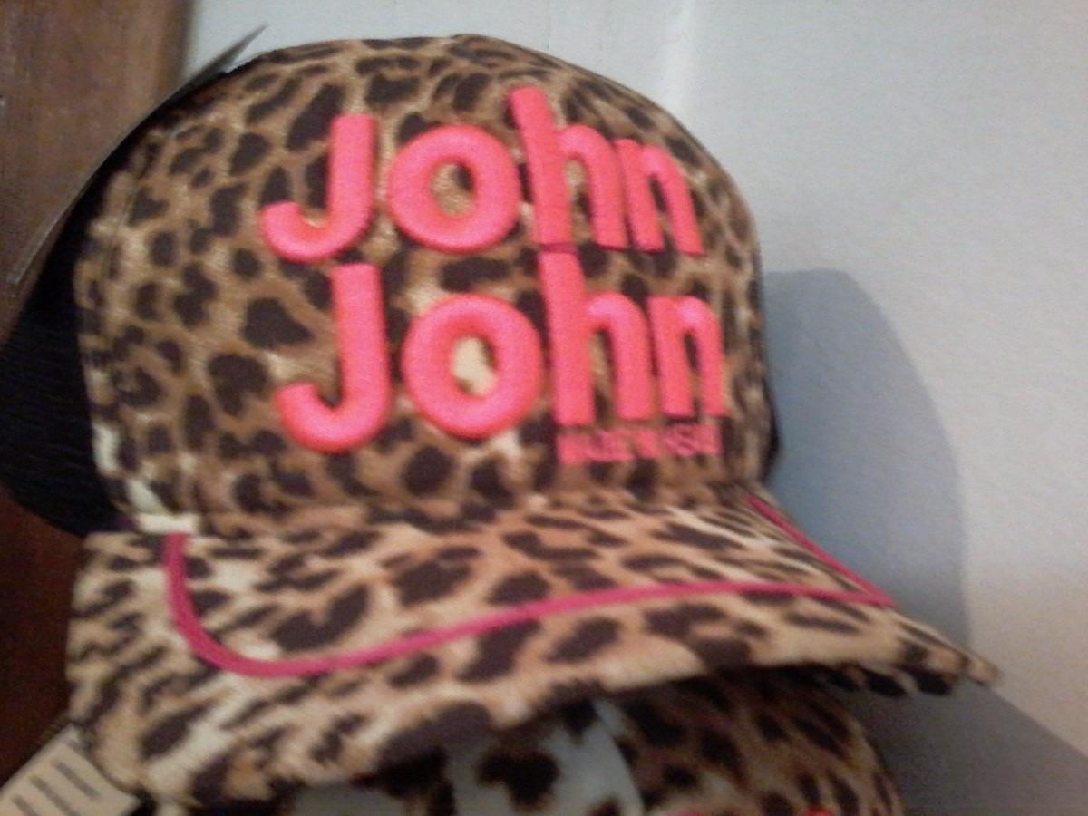 Boné Feminino John John De Onçinha - R  69 7b10268ccfc