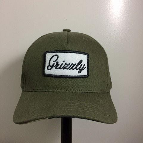 Boné Grizzly Cursive Patch Aba Curva Snapback Verde Militar - R  199 ... d0882fac0cd