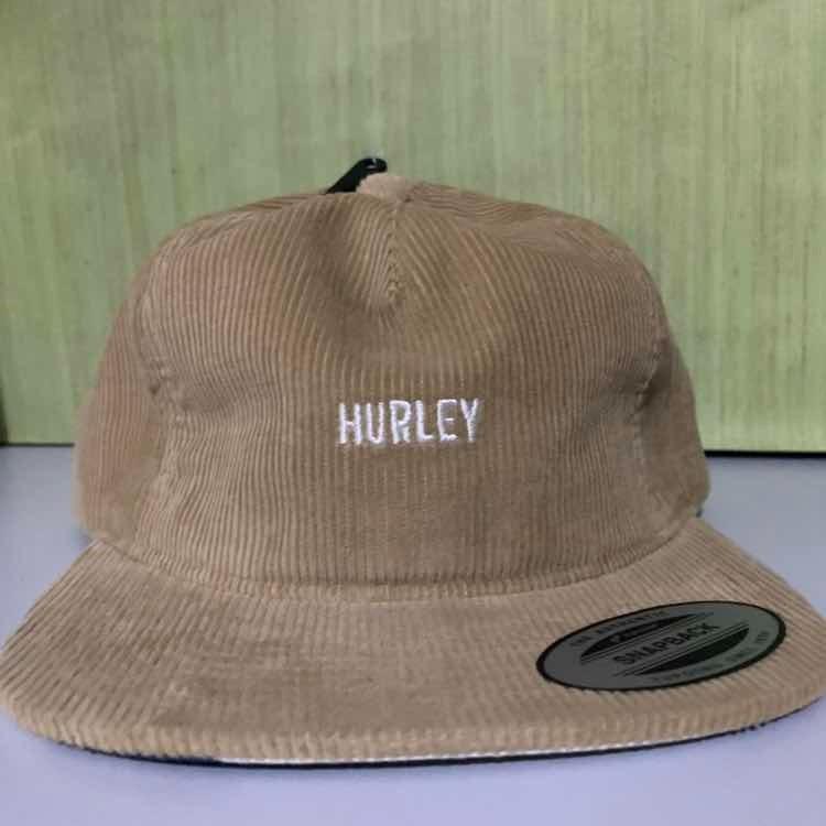 7687e4df7dc70 Bone Hurley Original Bege - R  150