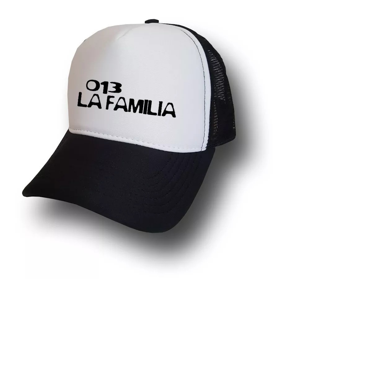 boné la familia 013 charlie brow trucker telinha promoção. Carregando zoom. e9303c61376