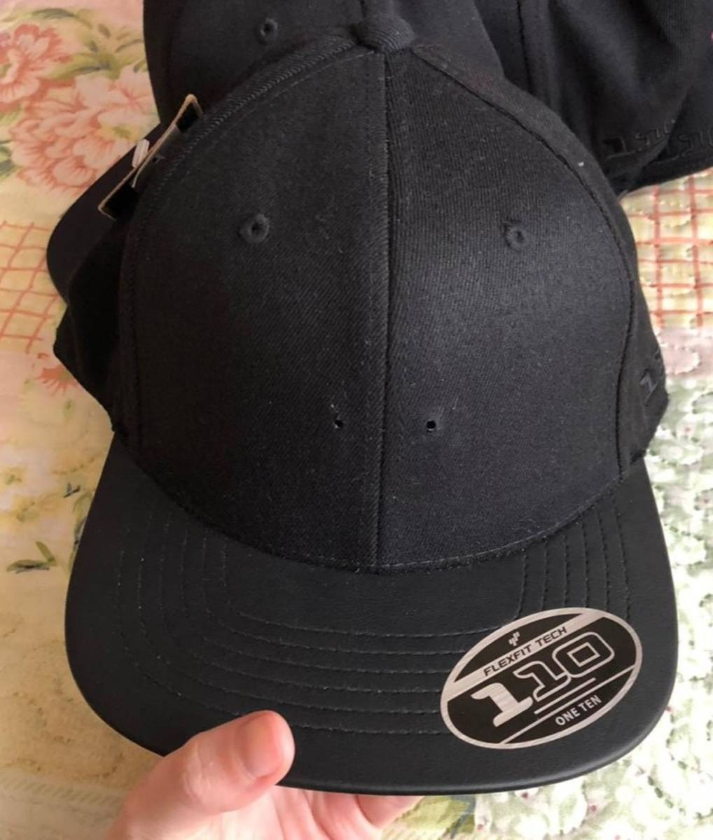 boné mcd fitão strapback tattoo preto - beija flor. Carregando zoom. d006432d10e