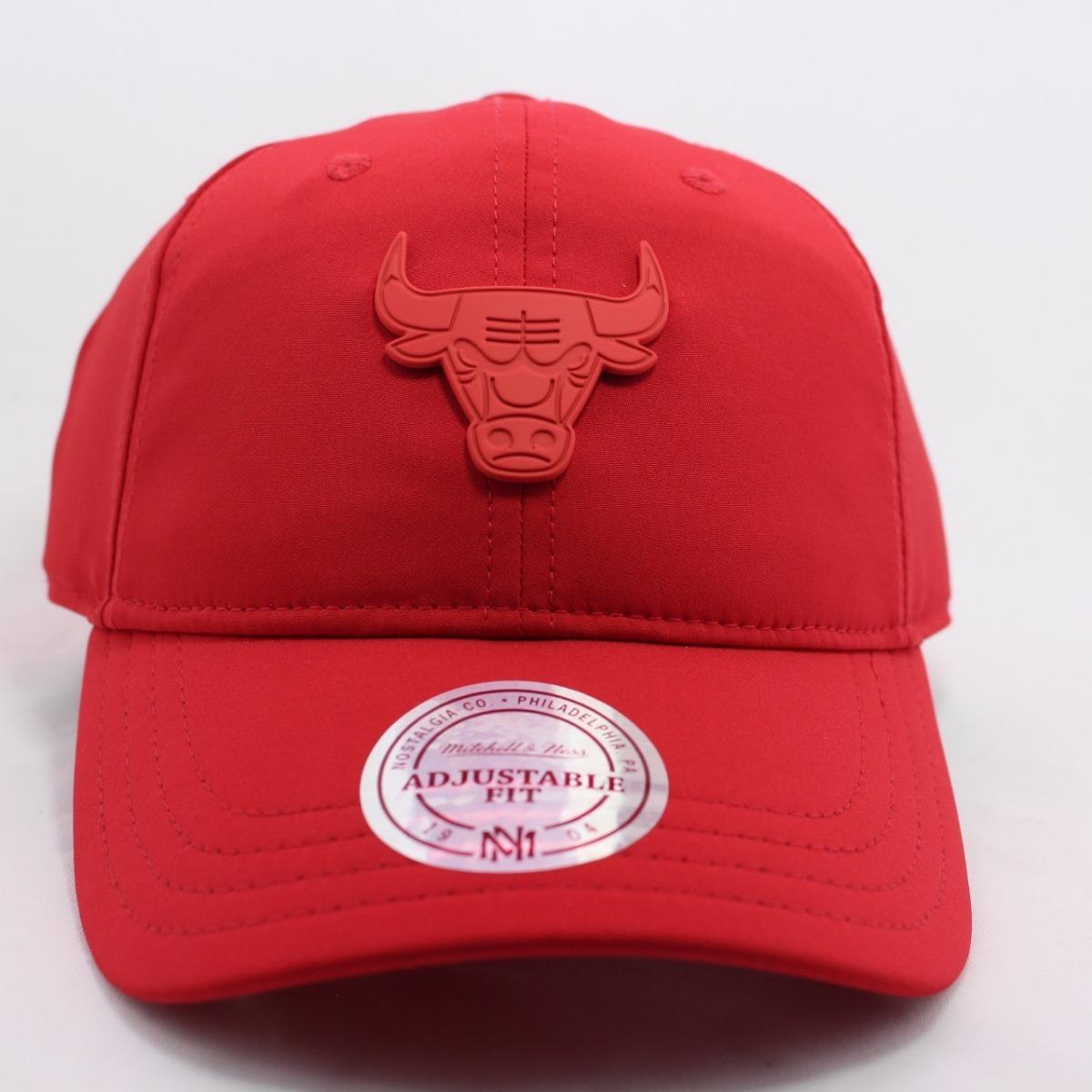 boné mitchell   ness aba curva chicago bulls vermelho 18762. Carregando  zoom. c74c922b7e1