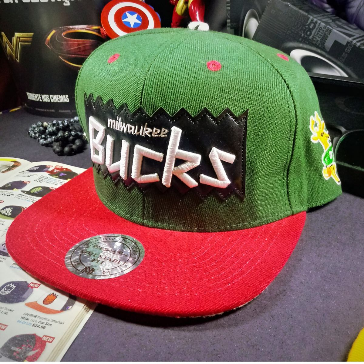 Boné Mitchell   Ness - Bulls Lakers Marvel Dc Comics - R  99 4eaf8ccc82c