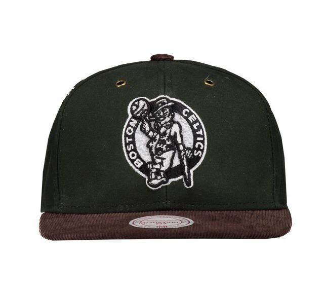 251f24a2ef03f Boné Mitchell   Ness Snapback Nba Boston Celtics Verde - R  129