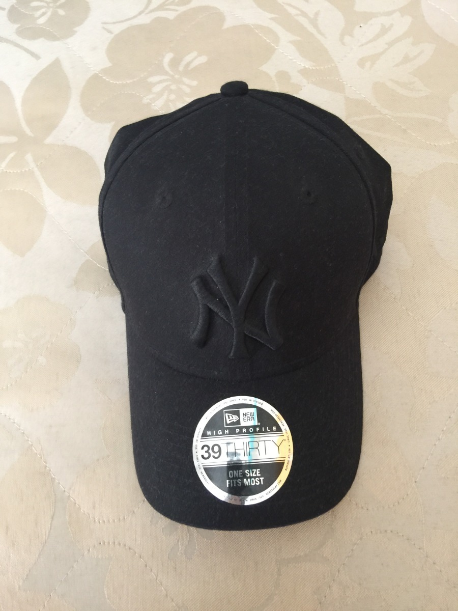 boné new era 39thirty ny yankees blackout - aba curva. Carregando zoom. e1980c19888