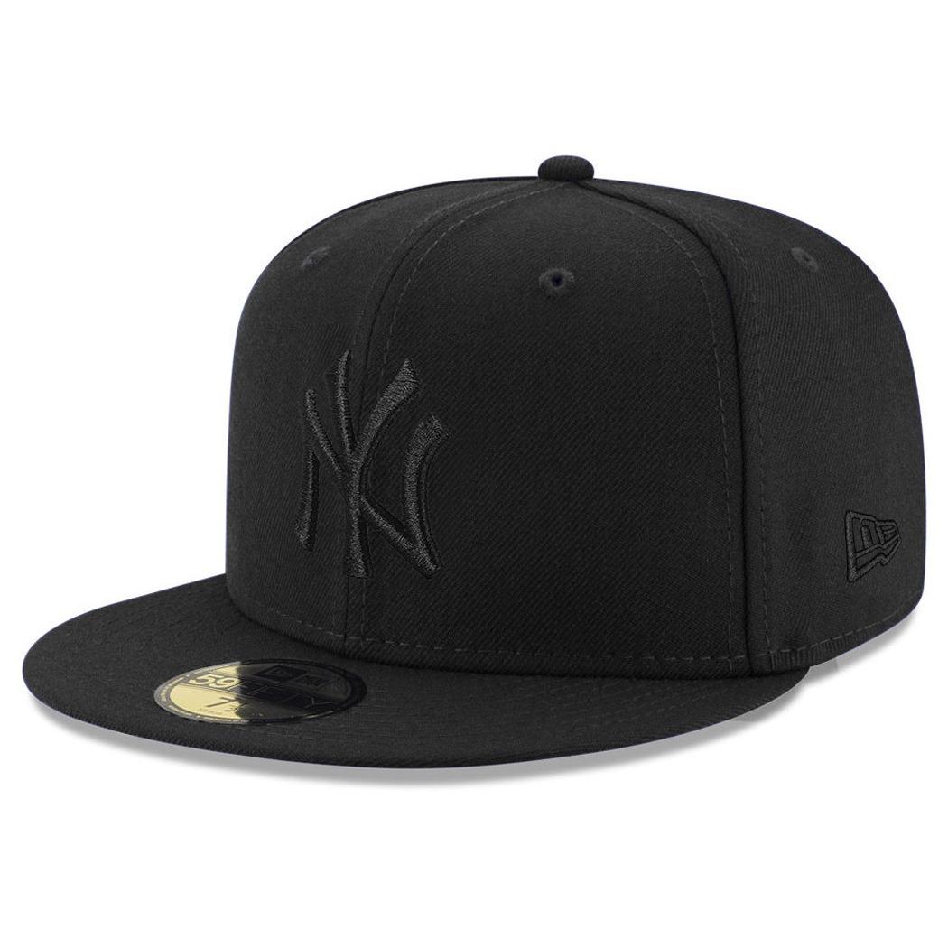 Boné New Era Aba Reta Fechado Mlb Ny Yankees Blackout Preto - R  169 ... 37ace258556