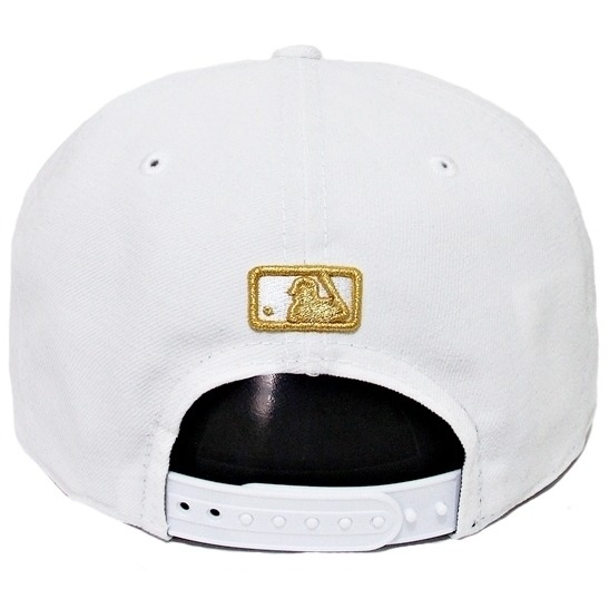 ab6aa88f710a7 Boné New Era Aba Reta Snapback Mlb Los Angeles Gold Branco - R  169 ...