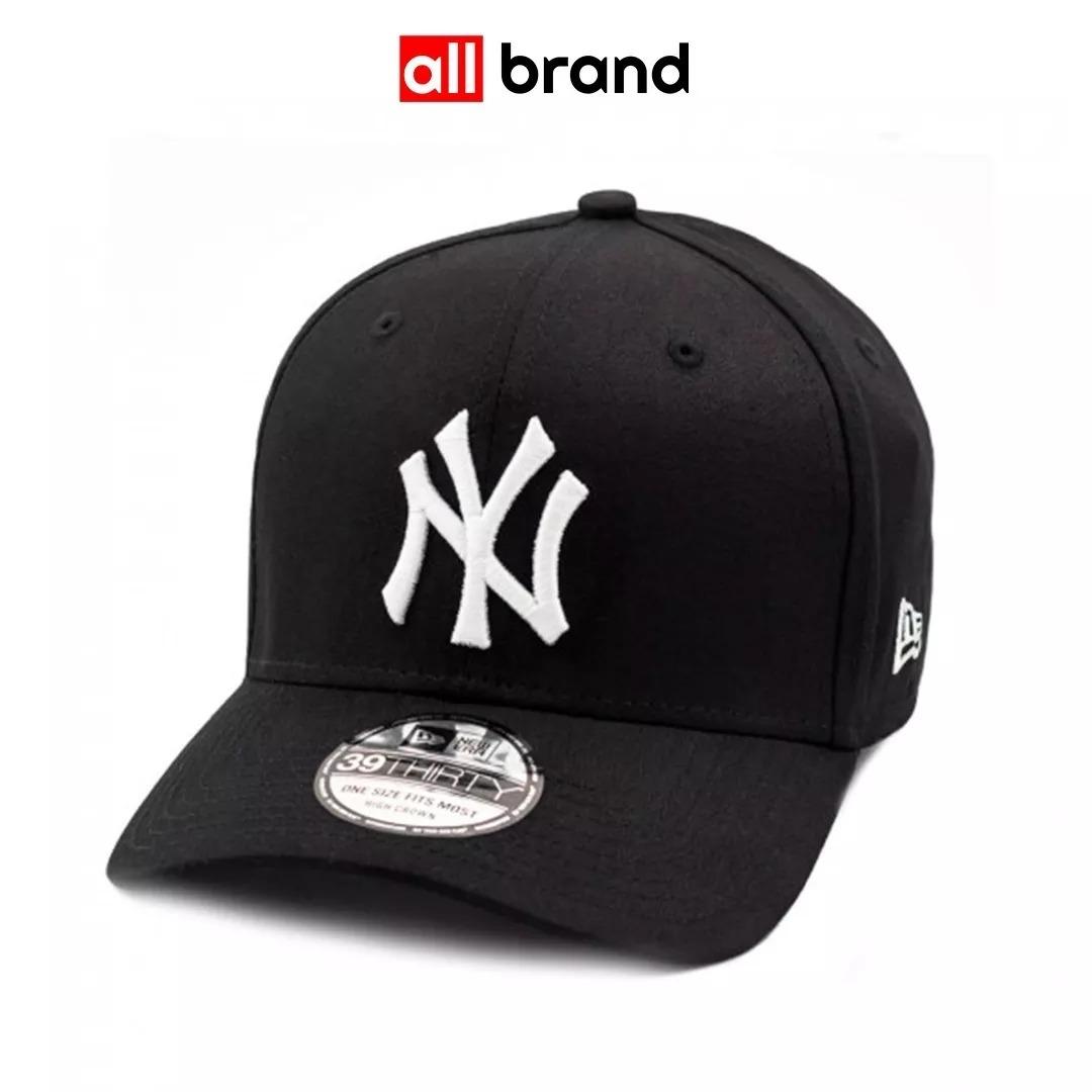 Boné New Era New York Yankees Preto Aba Curva Fechado - R  119 c71d6780f41
