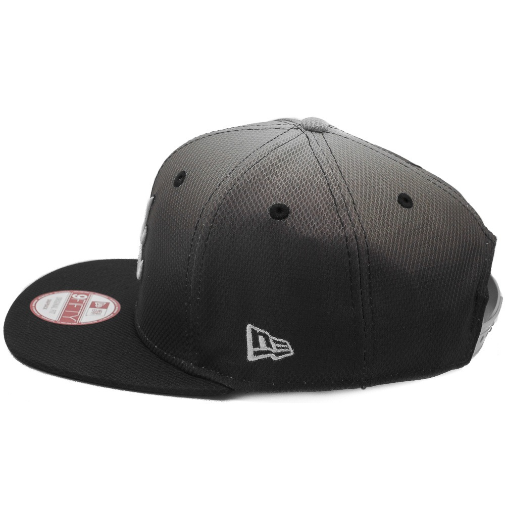 boné new era snapback original fit atlanta braves fade out. Carregando zoom. 3cc3bf7e923