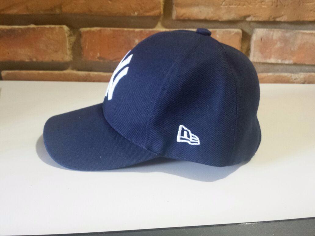 faee18a327a1b Boné Ny Yankees New York Azul Marinho Baseball New Era - R  29
