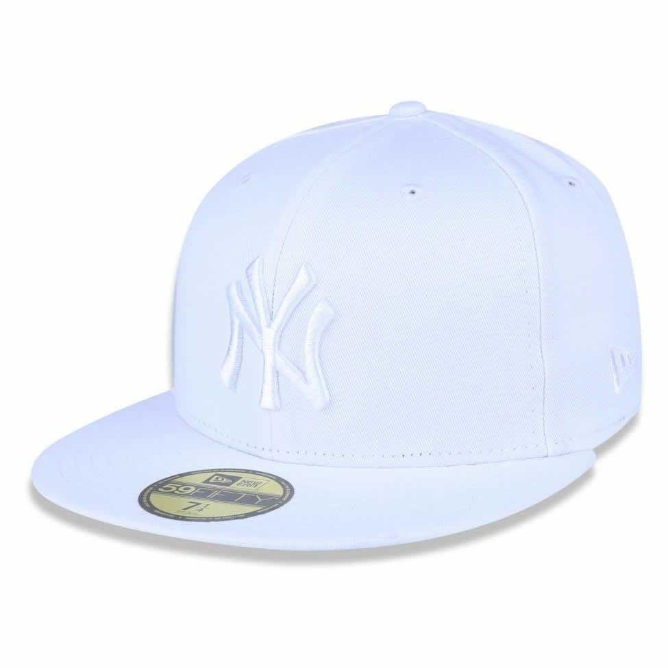 boné new york yankees 5950 white on white fechado - new era. Carregando  zoom. 6c7a9f26c9a