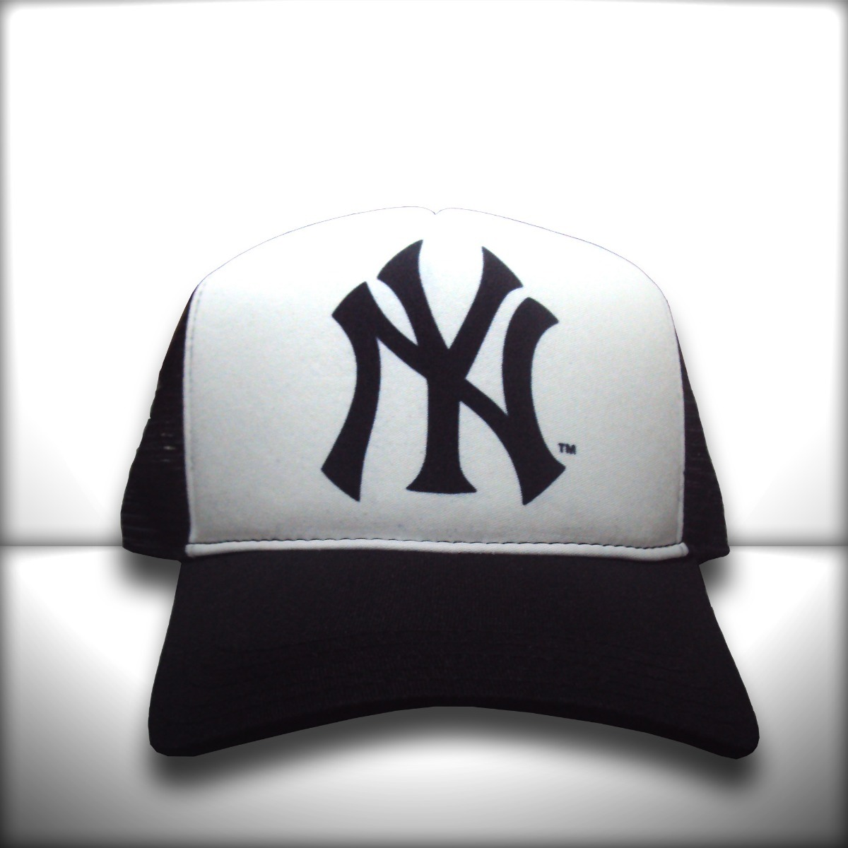 boné new york yankees preto e branco trucker frete grátis. Carregando zoom. 08c36a3e6f6