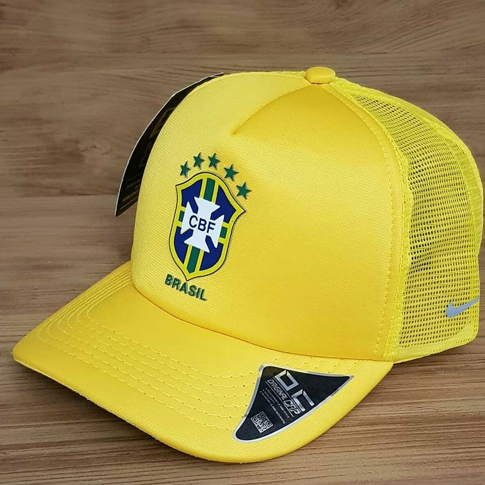 5f9ec0ff7939a boné nike seleção brasileira fita brasil copa do mundo 2018. Carregando zoom .