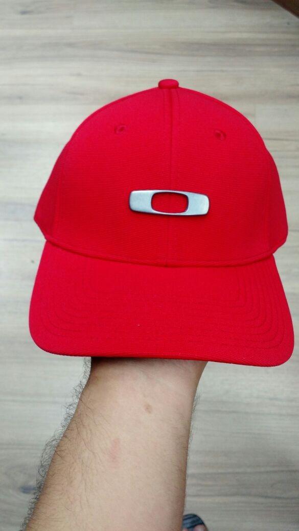 bone oakley gascan vermelho original sm. Carregando zoom. 1f986a55dec