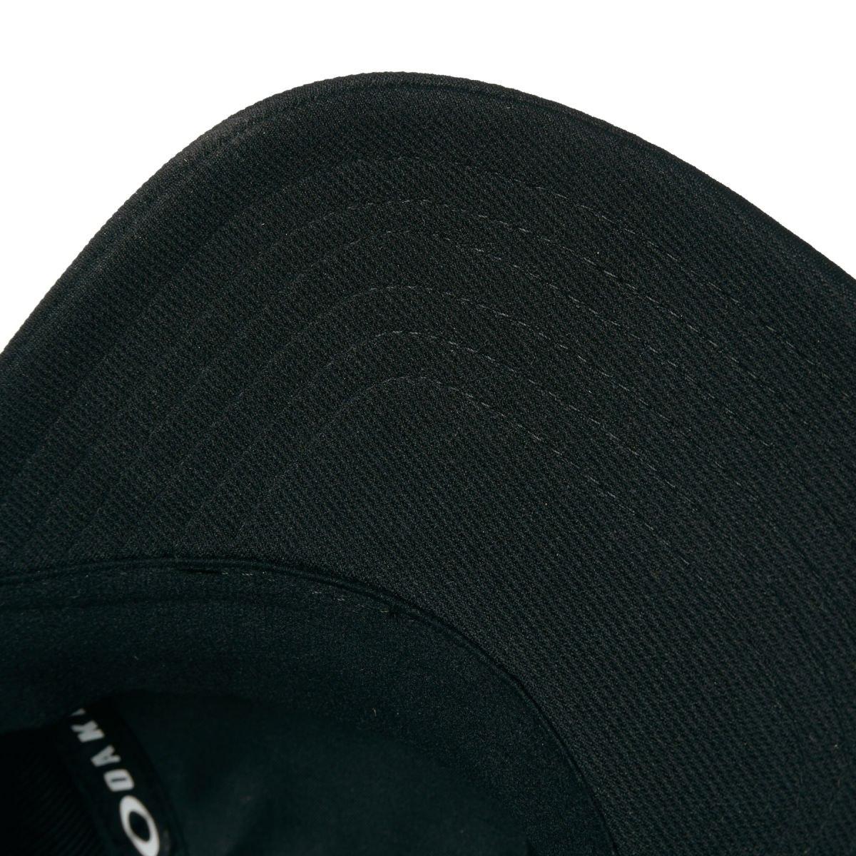 boné oakley tincan cap preto com logo carbon preto. Carregando zoom. 0b4c1082d0a