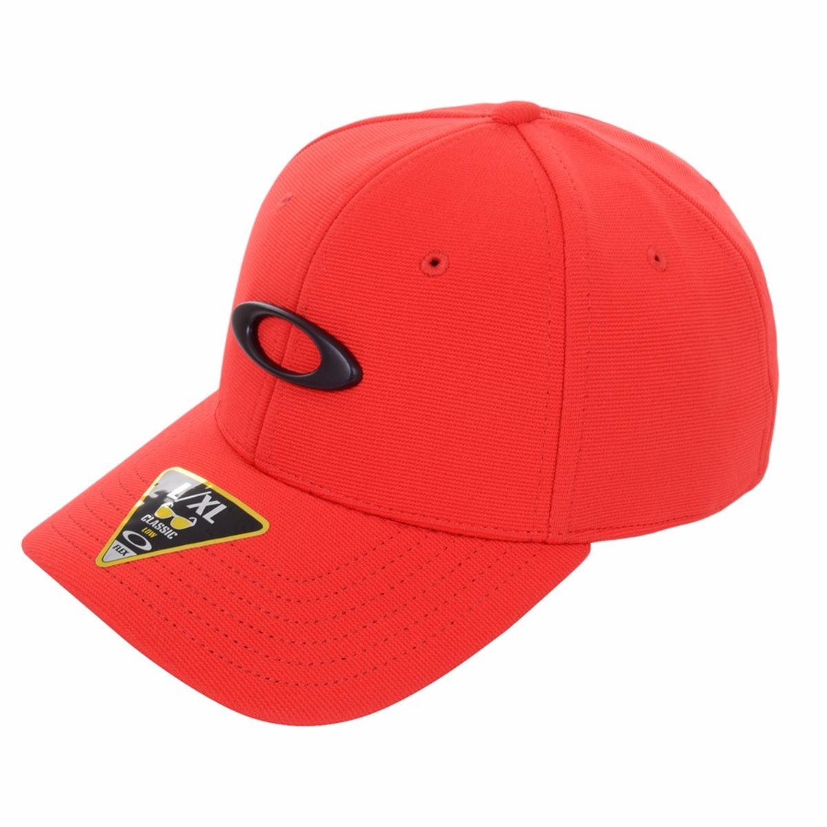 37ea15b049128 boné oakley tincan cap vermelho s m 57cm aba curva original. Carregando  zoom.