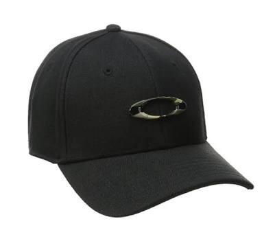 0dc7df021227e Boné Oakley Tincan Oval Preto Logo Camuflado S m - R  185
