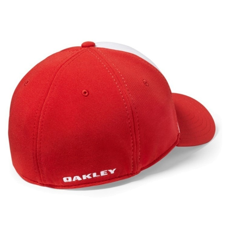Bone Oakley Tincan Oval (vermelho Com Branco S m) - R  149 2505707de0f