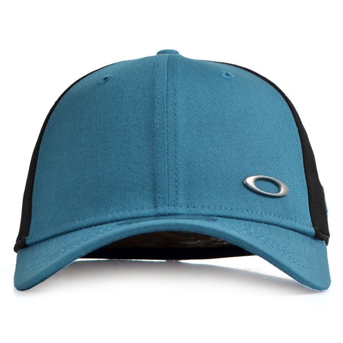 Boné Oakley Tinfoil Cap Aba Curva Flexfit Azul - R  199 6671b609ac3