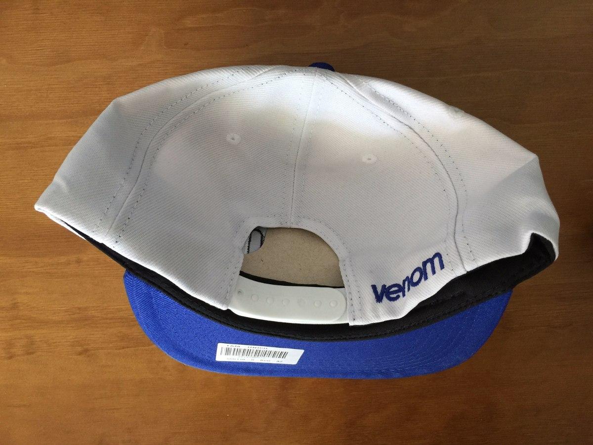 6c807b79cb974 Boné Venom Azul   Branco ( Vans Dc Element) - R  39