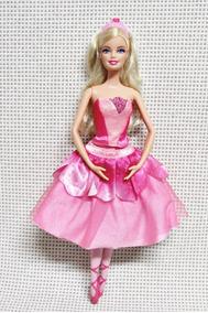 245dee65c3 Boneca Barbie Sapatilhas Magicas Odette no Mercado Livre Brasil
