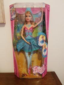 0370d22a73 Boneca Barbie E As Sapatilhas Mágicas Barbie Bailarina - Bonecas no Mercado  Livre Brasil
