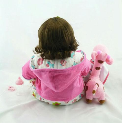boneca bebê reborn 52cm + girafa de brinde pronta entrega