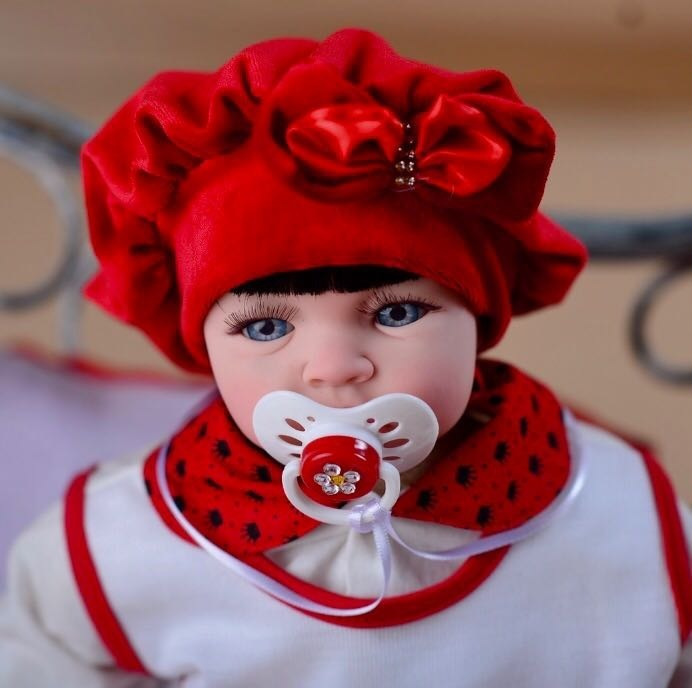 3307e4026f Boneca Bebê Reborn Verdade Barata 53cm Princesa + Bolsa - R  359