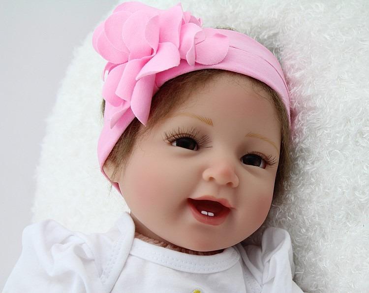 boneca bebe reborn realista silicone e vinil pronta entrega r 989 99 em mercado livre. Black Bedroom Furniture Sets. Home Design Ideas