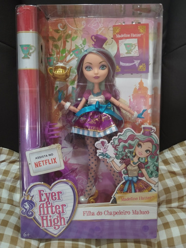 boneca ever after high - madeline hatter filha do chapeleiro