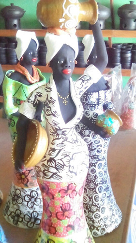boneca feita de barro 65 cm perfeito acabamento frete grátis