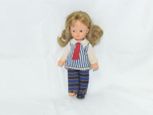 boneca maria mini doll estrela