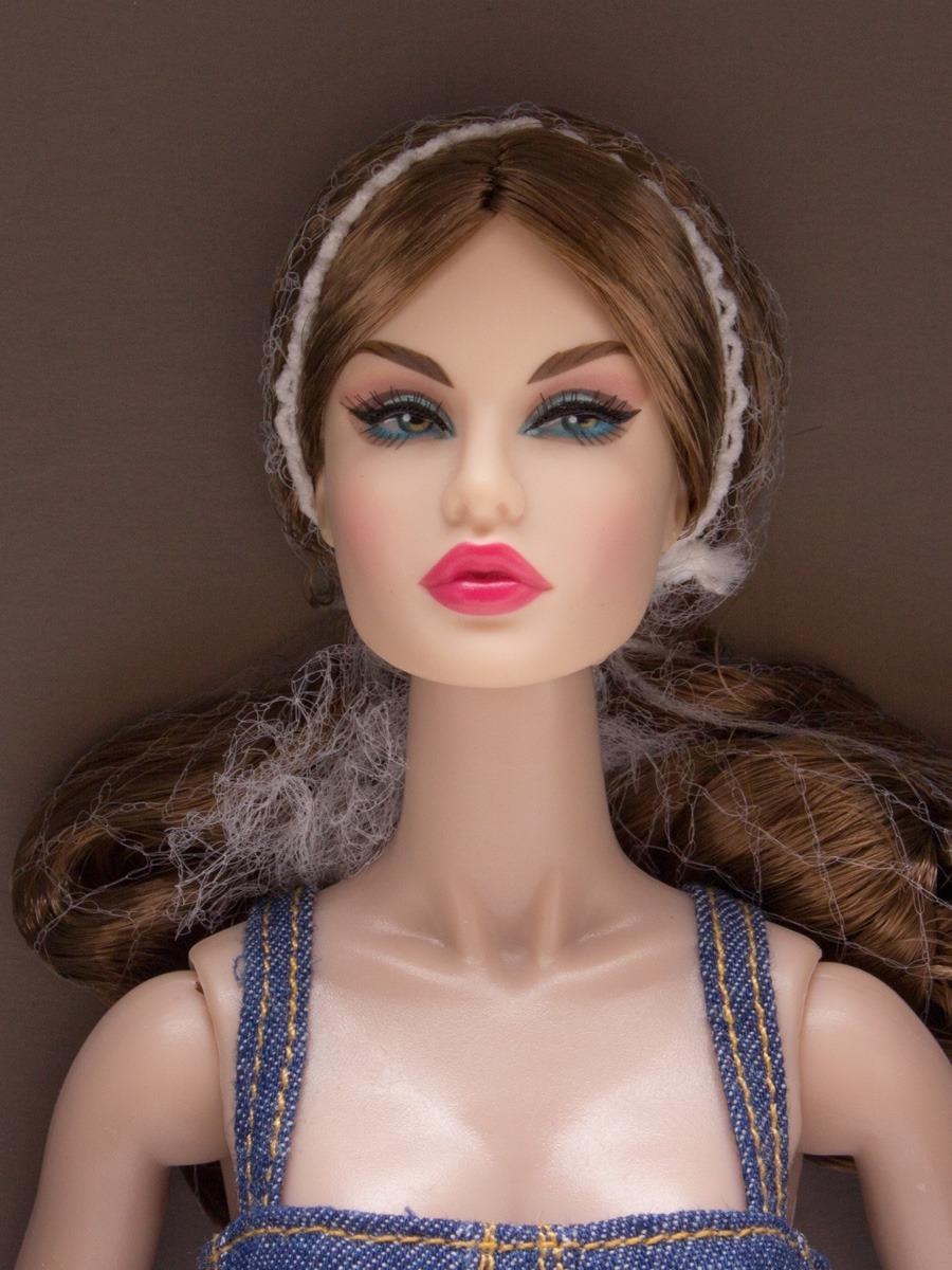 569bce254 Boneca Nu.face Rayna Ahmadi Eye Candy - Integrity Toys - R$ 1.027,30 ...