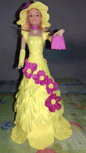 boneca papoula com roupa eva